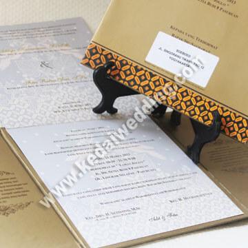 undangan pernikahan exclusive